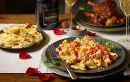 Tesco Is Offering The Ultimate Valentine's Day Meal For 2 With Prosecco For Just £20