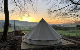 6 Gorgeous Glamping Spots In Yorkshire That Are Perfect For Autumn