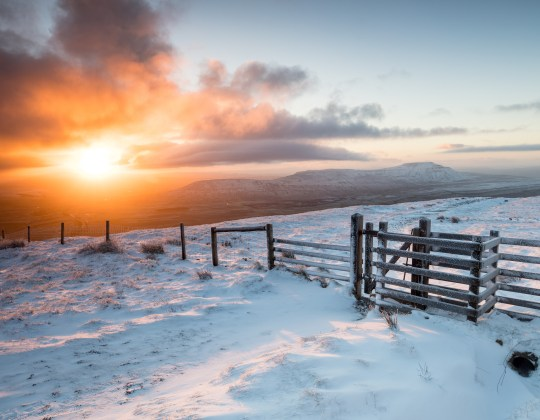 The UK Hit With Snow Warning After 'Bitterly Cold' Temperatures To Hit Yorkshire This October