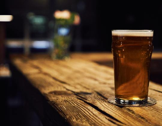 Pubs, Restaurants And Shops Could Stay Closed Until July, New Regulation Suggests