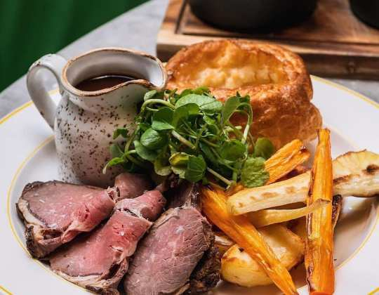 A Bottomless Sunday Roast Now Exists In Yorkshire And It Sounds Fantastic