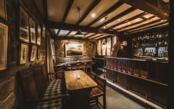 15 Of The Best Pubs In The Peak District