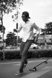 Aiman - skateboarder