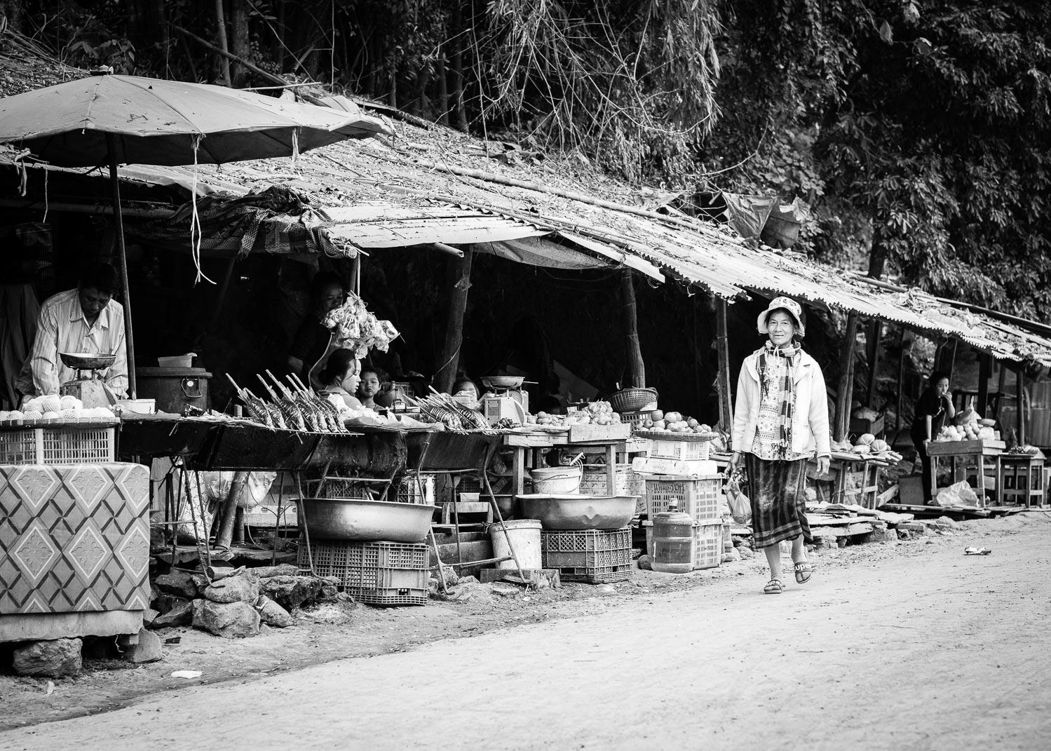 luang prabang lao stall vendors