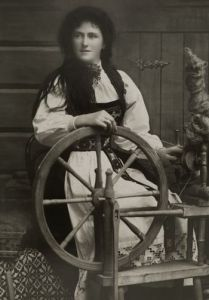 Norwegian spinner & wheel