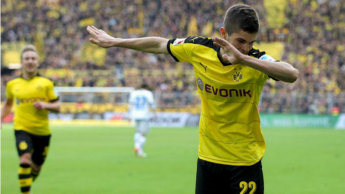 Image result for christian pulisic dortmund