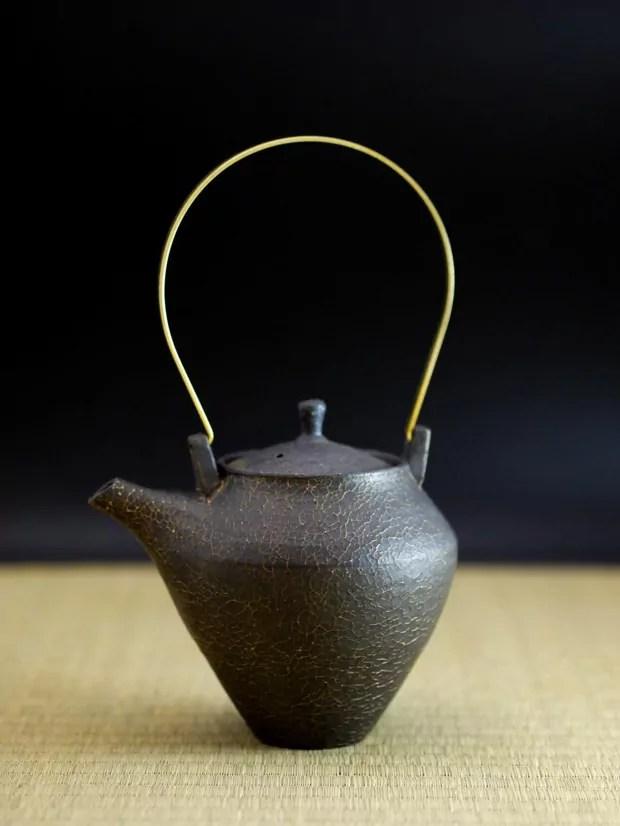 Works by Japanese Ceramic Artist Shinobu Hashimoto  OEN