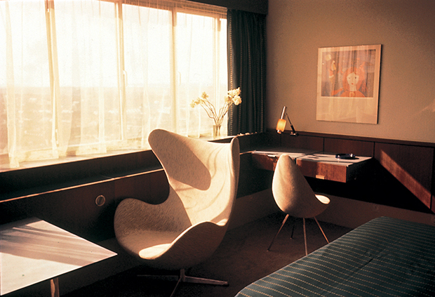 Room 606 The SAS House and the Work of Arne Jacobsen  OEN