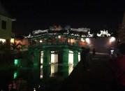 ライトアップされた日本橋