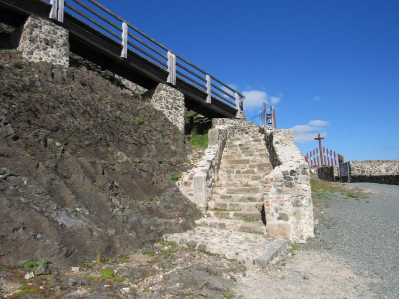 Castle ruins-Bergfried Palas