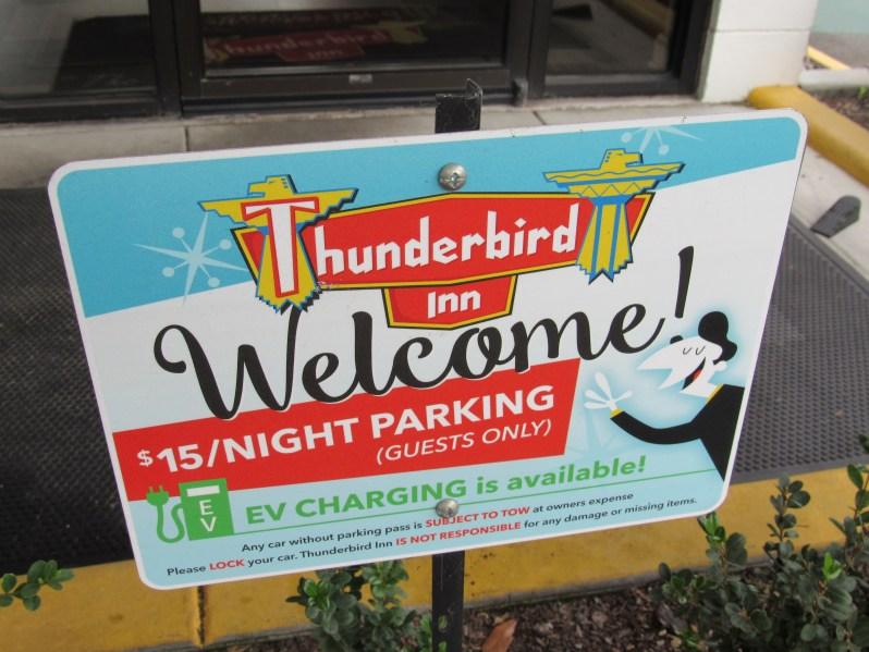 Thunderbird Inn Parking