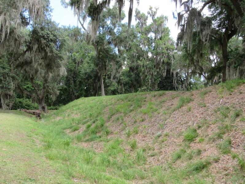 Fort Morris moat