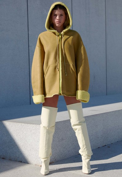 yeezy-season-4-lookbook-16-396x575