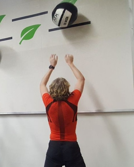 Wallballs for strenght