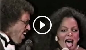 Lionel Richie and Diana Ross Performing 'Endless Love' Live