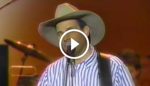 Garth Brooks Singing 'If Tomorrow Never Comes' Live