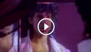 Prince - 'When Doves Cry' Music Video