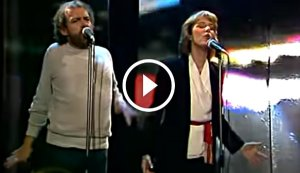 Joe Cocker and Jennifer Warnes Performing Their Number One Song 'Up Where We Belong' Live