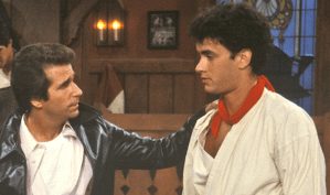 Tom Hanks Picks A Fight With Fonzie on Happy Days