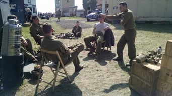 Soldiers relax and discuss whatever comes to mind. Credit: Melanie Krahling.
