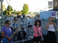 The Hoffmans rock Blackberry Day 2011. Pre-Lesa.