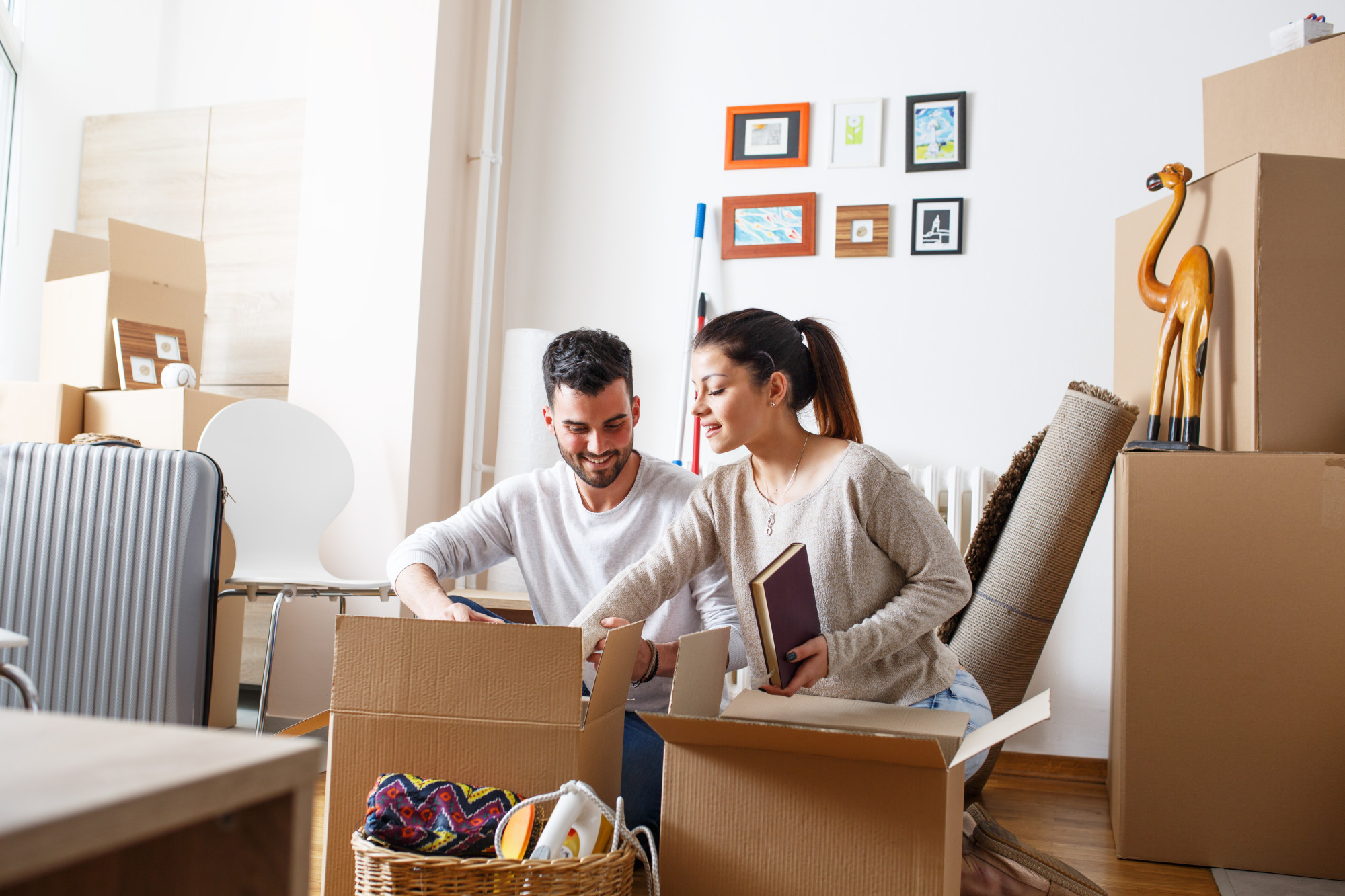 A Step-by-Step Guide For the New Home Owner What to Expect When Buying Your First House