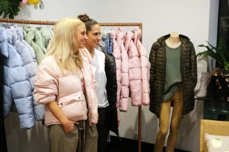 Alex and Georgie Babyska are two Adelaide sisters launching their very own line of winter necessities under the labelToast Society.