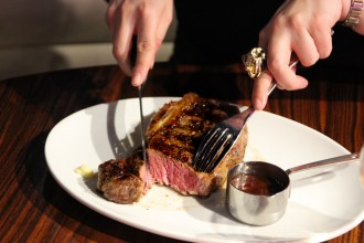 350g USDA Grain Fed Sirloin at STK london