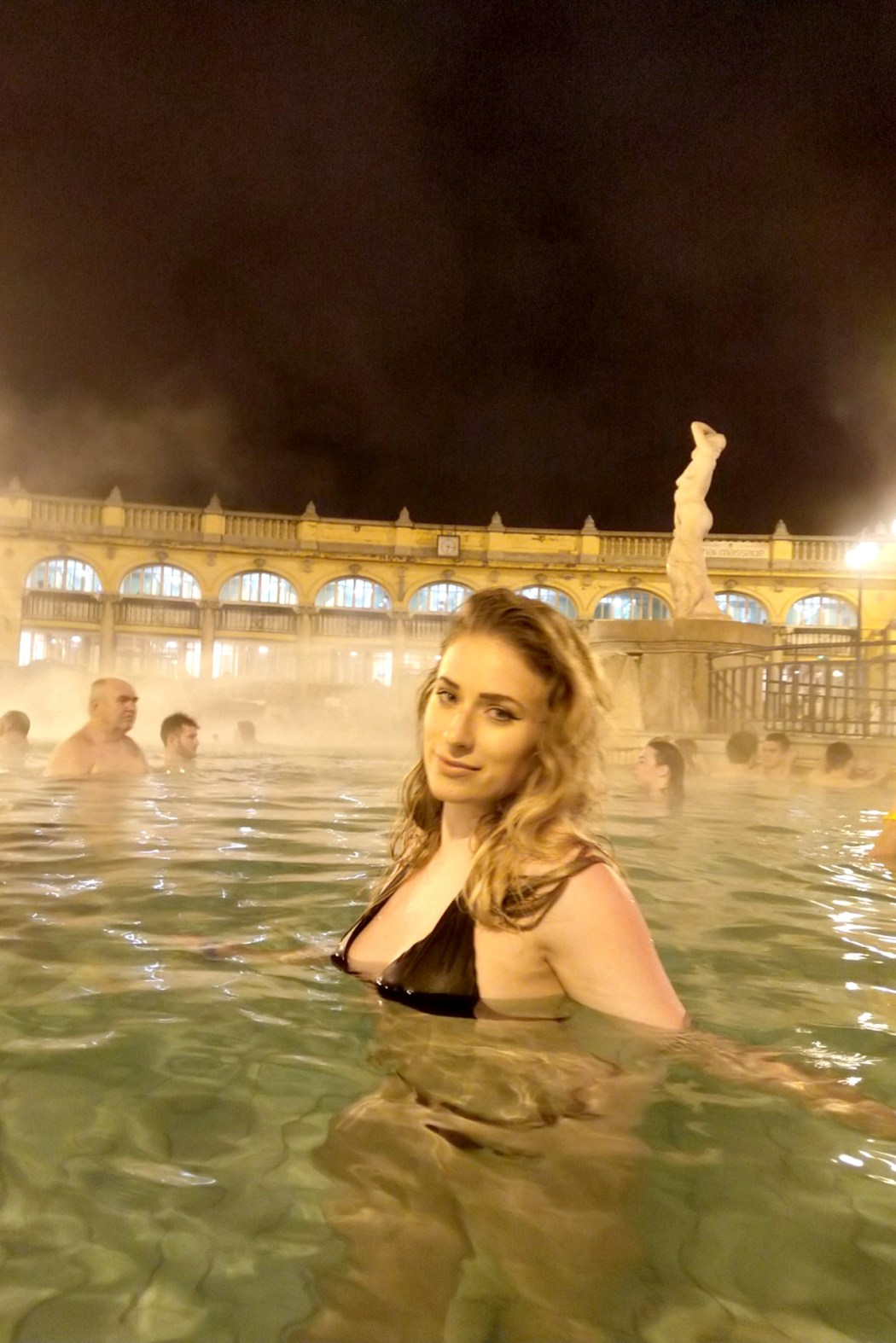 thermal baths budapest winter