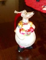 animals-polar-bear-ornament-christmas-holiday-traditions