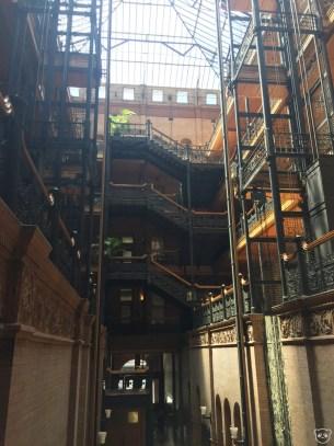 bradburybuilding_interior1