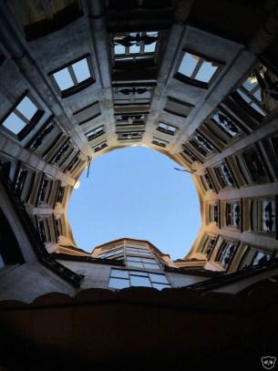 casamila_courtyard