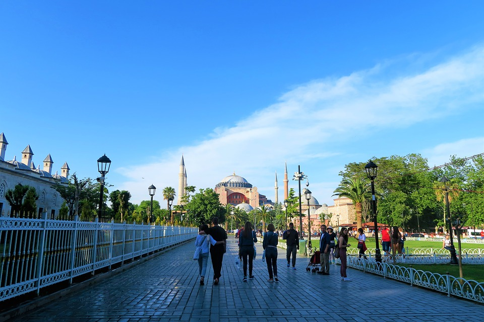 visiting the sultanahmet park is one of the free things to do in istanbul