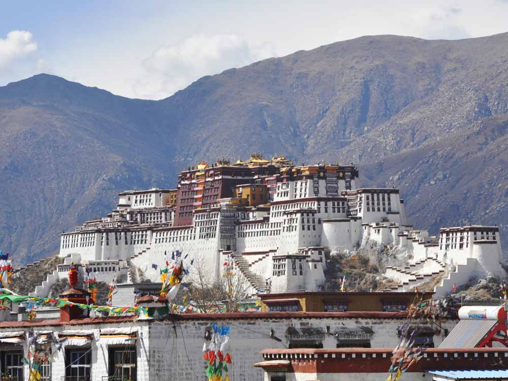 Potala Palace is one of the famous landmarks of China
