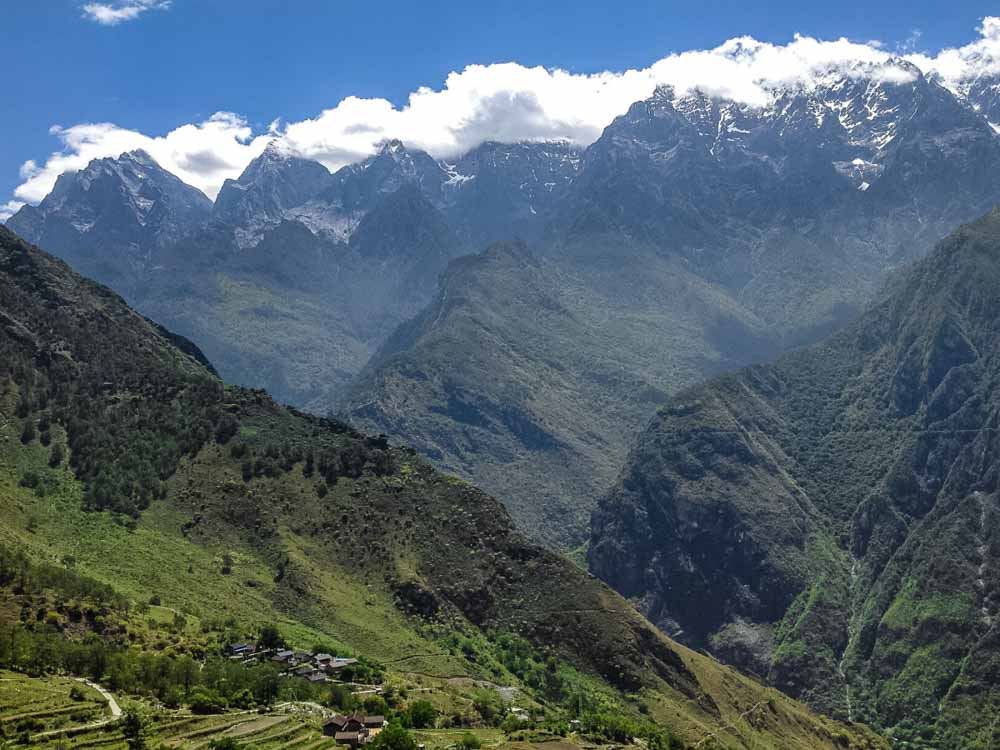 Tiger Leaping Gorge is one of the natural landmarks in China