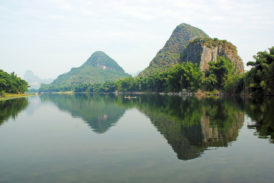 River Li is one of the natural landmarks in China