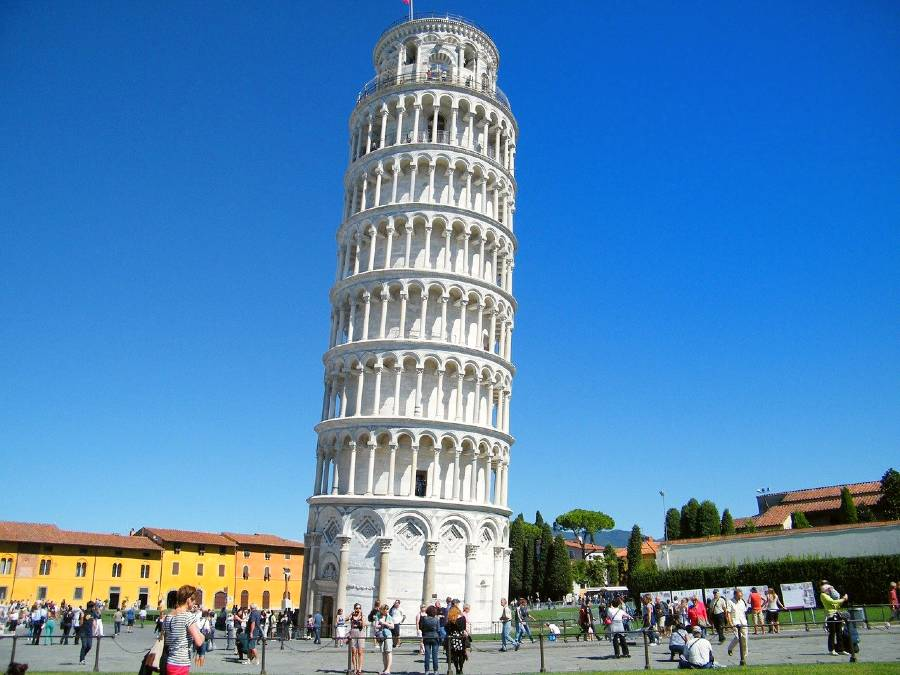 Leaning Tower of Pisa is one of the European famous landmarks