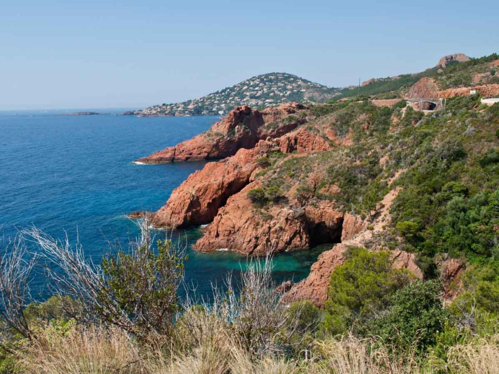 Plage De l'Aiguille is one of the best sandy beaches in south of France