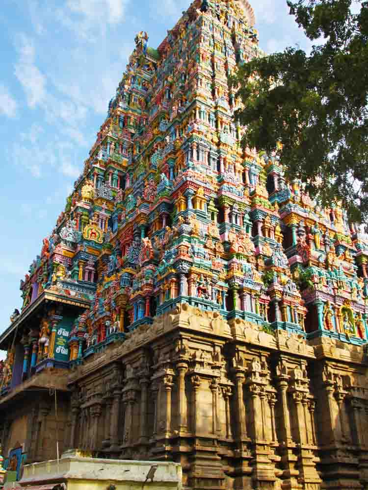 Meenakshi Amman Temple is one of the famous landmarks of India
