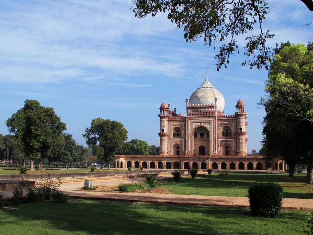 Safdarjung Tomb is one of the famous indian landmarks