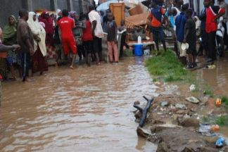 Flood displaced hundreds of people in Kaduna. Photo: Mohammad Ibrahim/The AfricaPaper