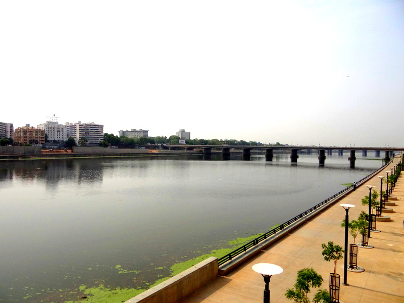 Sabarmati Riverfront: an example of urban transformation