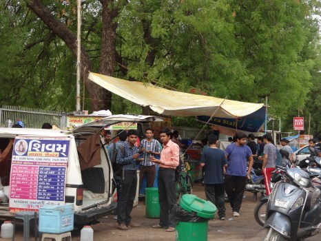 If you are a true Amdavadi, you must have a favorite roadside food stall