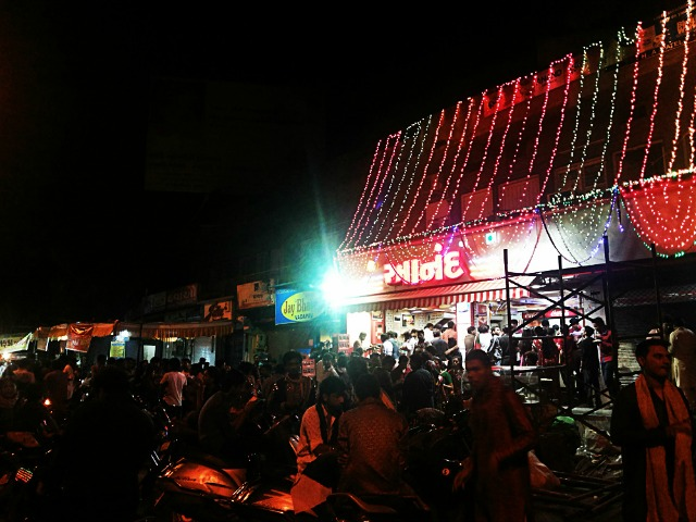 Photo © The Ahmedabad Blog | Ankur cross road