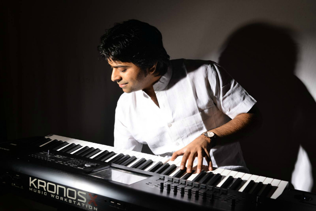Rushi Vakil: Composer, Producer, Keyboardist, Tabla Player and Teacher