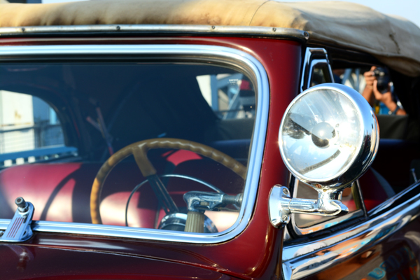 Photo © Hemil (Roy) Shah | Vintage car rally in Ahmedabad