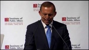 Tony Abbott speaks at last year's IPA dinner (image from glennmurray.com.au)