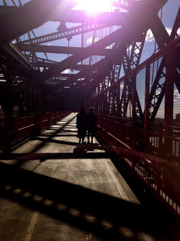 To av de beste i verden på en bro