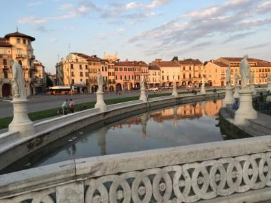 A quick stroll through Padua before bedtime