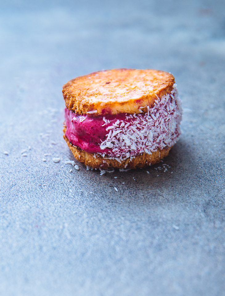 ijssandwiches_kokosmakronen_yoghurtijs